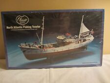 Lindberg  Classic North American Fishing Trawler Model Kit  NIB 1:90 (217F) 7222