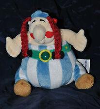 Peluche Doudou Obélix AJENA NOUNOURS 2005 Bleu Rouge Vert 18 Cm Assis TTBE