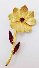 Vintage Daisy Flower Gold Tone Faux Ruby Rhinestone Brooch/Pin