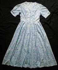 Vintage Laura Ashley dress - floral cotton - scalloped edge neckline - size 12