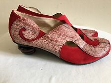 New w/o Box LISA TUCCI Red Suede Court Shoes 39.5/9.5