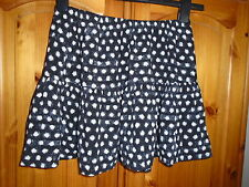Cute black and white short summer flirty skirt, FOREVER 21, M, size 10-12