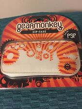 NEW FACTORY SEALED GEARMONKEY ZIP CASE FOR PSP RED ORANGE WHITE (FREE SHIPPING)