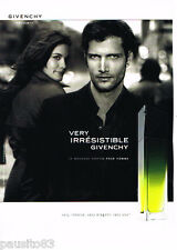 PUBLICITE ADVERTISING 085  2006  GIVENCHY  parfum homme VERY IRRESISTIBLE