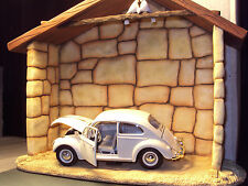 1:24 SCALE VOLKSWAGEN VW BEETLE 1200 IN BARN SETTING WITH HISTORY BOOKLET