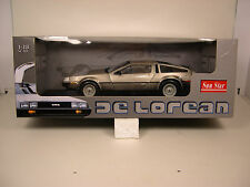 SUN STAR 1:18 SCALE DIECAST METAL STOCK 1981 DELOREAN MOTOR CAR