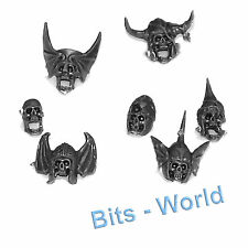 WARHAMMER BITS: VAMPIRE COUNTS BLACK KNIGHTS / HEXWRAITHS - 7x KNIGHT SKULLS / H