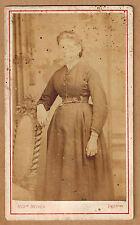 CDV Auguste Avinen Nîmes portrait d'une femme tirage albuminé cdv09