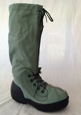 Wellco Boots Medium Military Extreme Cold Weather US Air Force Sage Green