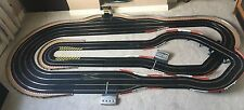 Scalextric Digital 4 corsia/3 Lane modulatori/Pit Gioco/LAP COUNTER & 4 AUTO