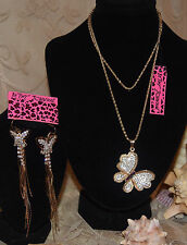 BETSEY JOHNSON GORGEOUS 2 PC SET CRYSTAL BUTTERFLY NECKLACE, DANGLE EARRINGS