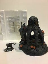 HAWTHORN VILLAGE NIGHTMARE BEFORE CHRISTMAS - OCTOPUS  HOUSE W/COA AND FIGURINE