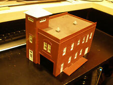 two HO SCALE- BUILDINGS one lighted - FALLER, WALTHERS, DPM ???