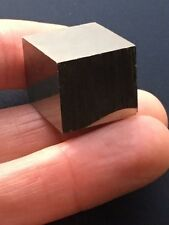 1 x Pyrite Cube Crystal**A Grade Material** Health**Wealth** 25x15x15 mm **