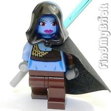 SW525 Lego Aayla Secura Minifigure with Tonfa Lightsaber (No Lekku) 8098 NEW