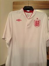 england umbro top size 52  approx XXL