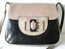 GUESS Kamila Black-multi cross-body bag  100% AUTHENTIC