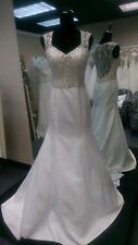 Sincerity Wedding Dress Style 3805 Ivory / Silver Size 10  Beaded Trumpet