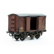 10 Ton Ventilated Meat Van - Dapol C041 - OO plastic Wagon model kit - free post