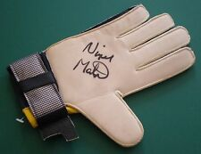 Nigel Martyn Signed Goalie Goalkeeper Glove Crystal Palace Leeds Legends COA