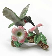 R164 - Northern Rose  Miniature- Hummingbird on Flower