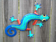 MEDIUM GECKO Recycled Metal Garden Wall Art Ornament & Home Decoration (30x25cm)