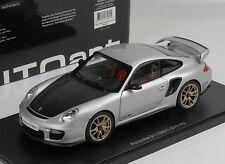 Porsche 911 997 GT2 RS 2010 silver/carbon 1:18 Autoart
