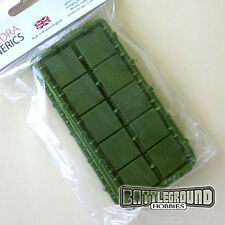 Renedra 20mm x 20mm Individual Square Green Bases, 40 per pack (Perry B6)