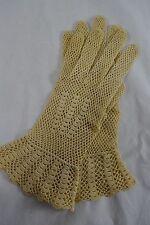 VINTAGE 1950s ivory crochet lace gloves size 6.5