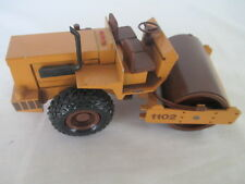 Case Vibromax 1102 Roller Diecast metal 1/35 scale by Conrad #2703 Germany