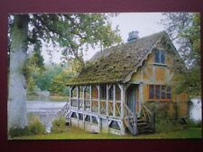 POSTCARD B22 WILTSHIRE BOWOOD BOAT HOUSE
