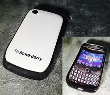 BLACKBERRY CURVE 8520/9300 CASE COVER IN WHITE & BLACK * UK SELLER*