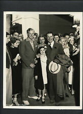 JOE E BROWN + EDITH FELLOWS CANDID DBLWT BY RAY JONES -1935 PREMIERE - EXCELLENT