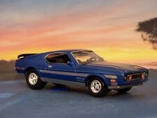 1971 71 FORD MUSTANG BOSS 351 - 1/64 SCALE COLLECTIBLE DIECAST MODEL - DIORAMA