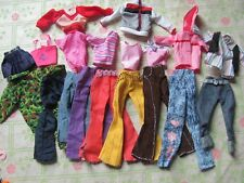 lot barbie doll clothes dresses accessories 5 outfits 5 hangers 5 shoes 1 NEW