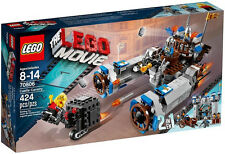 JANUARY 2014 LEGO THE MOVIE 2 IN 1 70806 CASTLE CAVALRY, NIB, GREAT GIFT!!