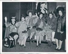 1941 Lovely South American Coffee Queen in Furs Washington DC Press Photo