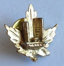Canada Maple Leaf Shrine Gold Style Small Pin Brooch Rare Vintage (H4)