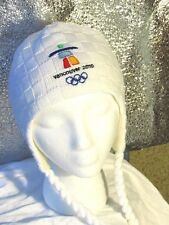 Vancouver 2010 TRAPPER   Beanie Hat Olympic White  Tassles Child Youth EUC