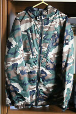 Descente Hooded Camouflage Jacket