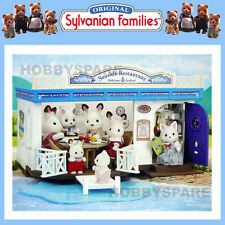 NEW SYLVANIAN FAMILIES SEASIDE RESTAURANT DOLL HOUSE 90+ PIECES 4190