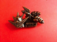 DRAGOON POPY 3-D PIN MINT MAZINGER GRENDAIZER DRAGON GAIKING SHOGUN WARRIORS