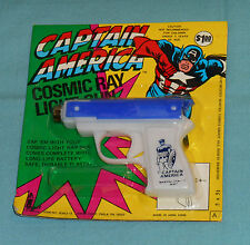 vintage Larami CAPTAIN AMERICA COSMIC RAY LIGHT GUN MOC (blue) rack toy