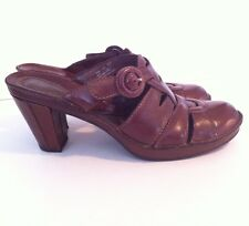 CLARKS (ARTISIAN COLLECTION) LADIES BROWN CLOGS HEELS SHOES SIZE 6 1/2