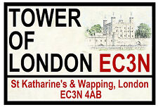 TOWER OF LONDON - ROAD SIGNS - SOUVENIR NOVELTY FRIDGE MAGNET - GIFTS - NEW