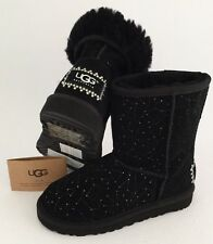 UGG CLASSIC SHORT CONSTELLATION Suede Boot With Swarovski Crystals Kids US13 Blk