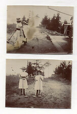 2 PHOTOS ANCIENNES Jeune Fille Croquet bois Jeu en extérieur Jouet Vers 1900
