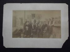 GROUP OF MEN IN ART STUDIO WITH MAGIC LATERN PROJECTOR VTG CABINET PHOTO