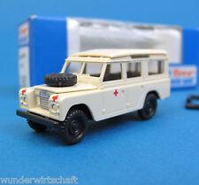 Roco H0 1380 LAND-ROVER Defender Rotes Kreuz Ambulance DRK HO 1:87 OVP