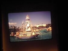 Photo slide Lighthouse Sea World Orlando Florida Boat bay Yacht painted port